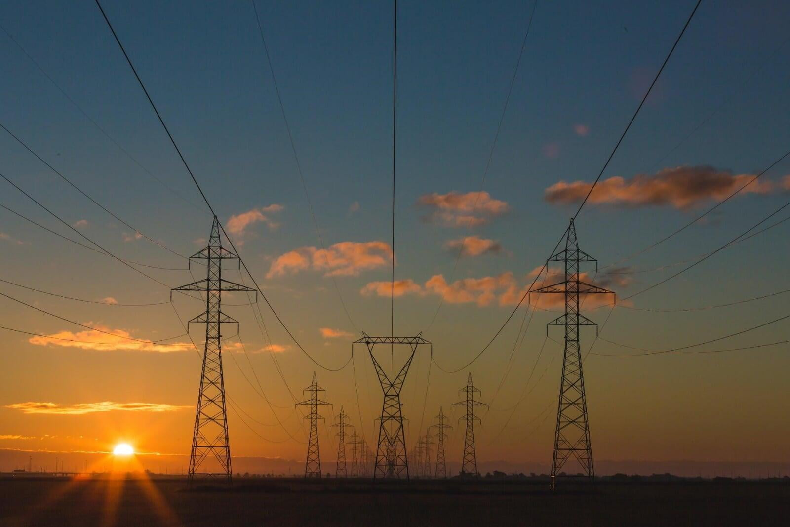 Energy Procurement: Long Term vs Short Term?